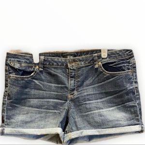 ANA Cuffed denim Jean Shorts 16P
